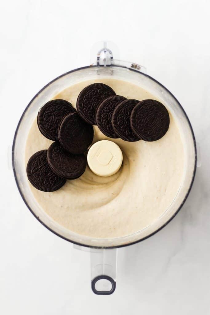 Banana Ice Cream with Oreo Cookies