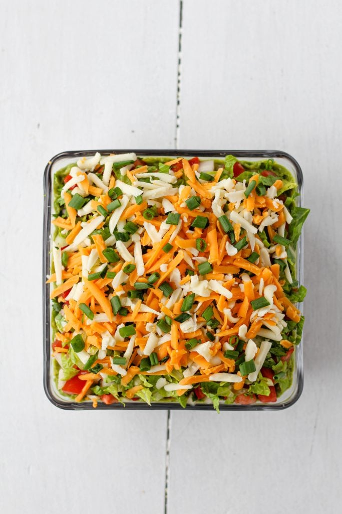 Green onion layer in a pan.